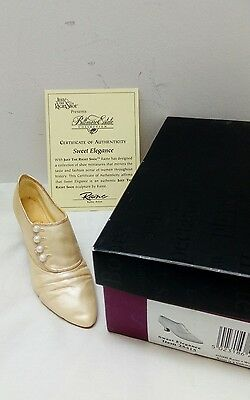 Just The Right Shoe Sweet Elegance 25415 Boxed