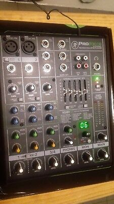 Mackie ProFX4 v2 4-Channel Mixer With Effects
