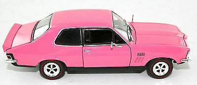 Oz Legends 1:32 Scale Torana LJ GTR XU-1: Strike Me Pink