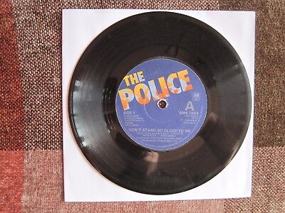 """THE POLICE - DON'T STAND SO CLOSE TO ME - 7"""" 45 rpm vinyl record"""