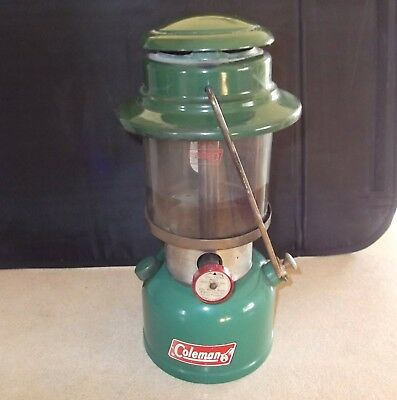 Coleman Lantern 335 Lamp made in Canada 2 1971. with Colex Coleman Globe