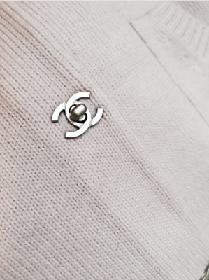 CHANEL cc turnlock BUTTONS