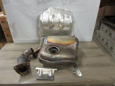 Use exhaust system muffler whit catalyst and shield heat exhaust for slingshot P