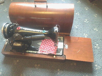 Vintage electric singer sewing machine  in case
