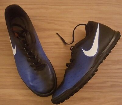 Mens Magistax nike astro turf trainers size 7 blue black