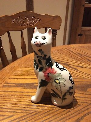 Wemyss Pottery Cat by Griselda Hill white with flowers