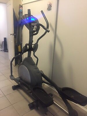 Esprit Cross Trainer