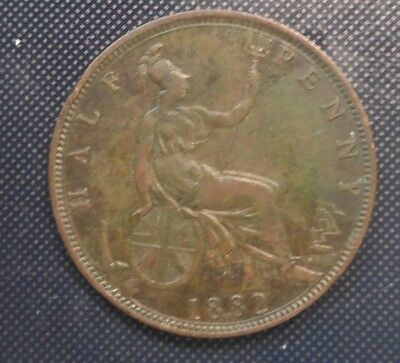 Great Britain 1882  H Victoria  III Halfpenny Good detail  Coin