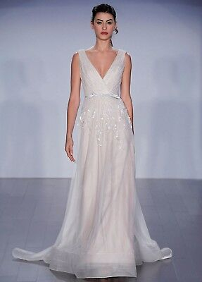 Jim Hjelm NWT ivory cashmere embroidered English net A-line bridal silhouette