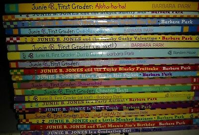 Lot of 19 Junie B Jones Chapter Books S6