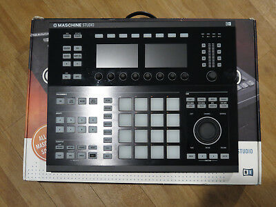 Native Instruments Maschine Studio 2 with 10 Sound Expansion Packs