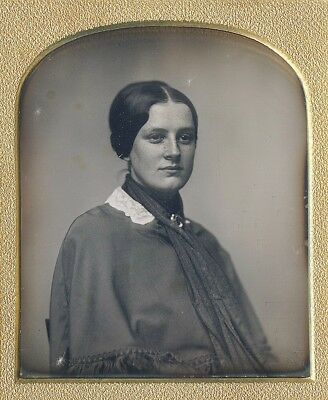 Gorgeous Young Woman With Freckles Scarf Identified 1/6 Plate Daguerreotype D623
