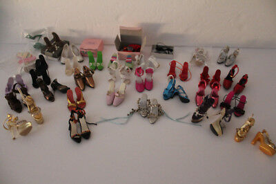 Tonner shoe lot........approx 34 pairs