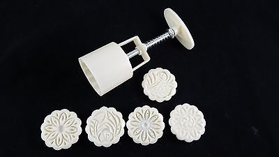 Moon cake mould plastic press  flower  bakery new