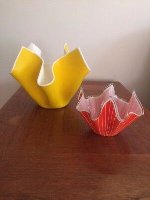 Pair of glass handkerchief bowls