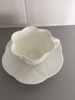 SHELLEY LATE FOLEY CUP ART DECO PORCELAIN CUP AND SAUCER In White Fluted Vgc