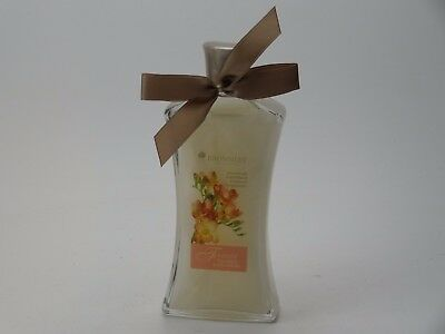 BRONNLEY  FREESIA FOAMING BATH CREME  250ml