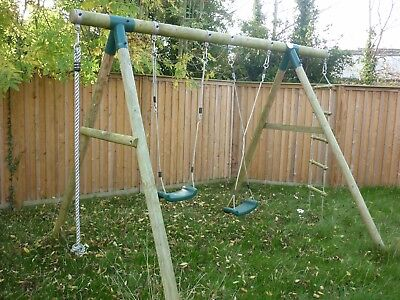 Wooden swing set, PLUM, NR No reserve