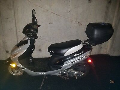 Puma Angel 49CC Scooter / Moped - Holiday Sale