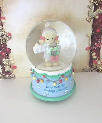 "Precious Moments musical Holiday Water Globe ""Deck the Halls"" 2006 original box"
