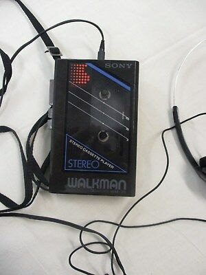 Superb Vintage Sony Walkman WM-25 - Full working order