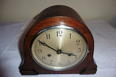 Fine Example Of A Vintage English Striking Mantle Clock (Working)