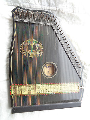 Alte Zither Rauner mit Noten