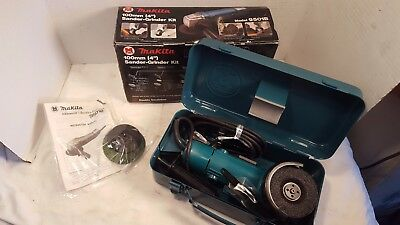"NEW Makita Model 9501B 100 mm (4"") Sander-Grinder Kit with Metal Tool Box & Book"