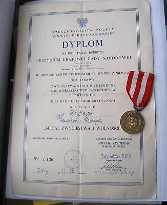 WW2 POLISH medal for victory & freedom made by CARITAS mint + certificate 1946