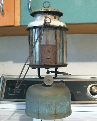 Antique NAGEL-CHASE WIZARD QUICKLIT Model No.14 LANTERN with MICA GLOBE Camping
