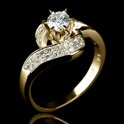 1.5 Carat Solitaire With Side Stones Diamond 18K Yellow Gold Ladies Promise Ring