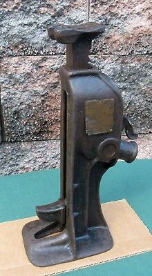 Vintage Industrial Cast Iron  SIMPLEX 42 Railroad House Barn Jack ~Tool