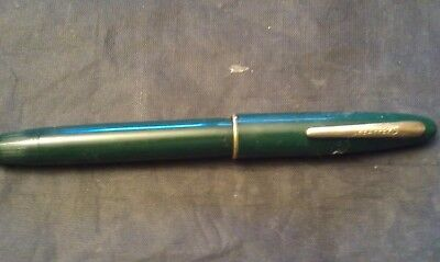 Vintage Sheaffer Green Fountain Pen With 14K Nib