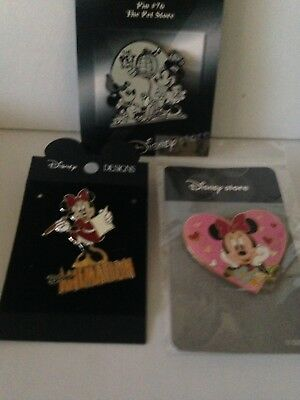 Disney Pins 3 Nice Carded Minnie And Mickey And Minnie Pet Store