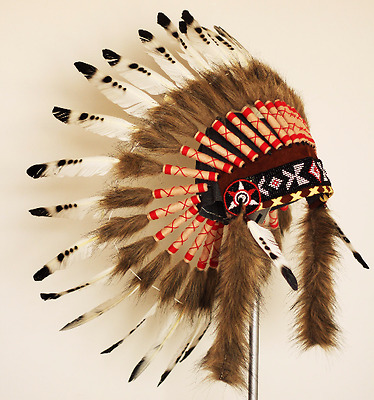 X06  Noir et Blanc Feather Coiffe indienne Native American Warbonet