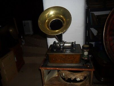 A working serviced  Edison Standard  cylinder phonograph with  horn & cylinder