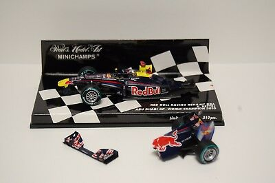 Minichamps - 1:43 Red Bull Racing Renault RB6 S Vettel Abu Dhabi 2010 - Damaged