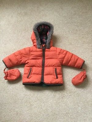 M&S Winter Coat 6-9 Months Boys Puffer Jacket With Hood And Attachable Gloves
