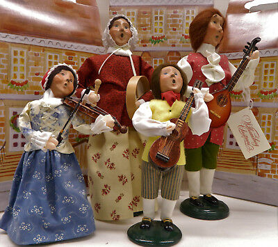 Set of 4 Byers Choice musicians, UFDC 310-2017