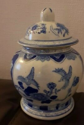 """Chinese Ginger Jar 6"""" Blue & White. Excellent Condition"""