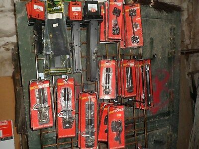 JOB LOTS Black Ironmongery - Tee Hinge Cabin Hook Padlock Tower Bolt Gate Latch