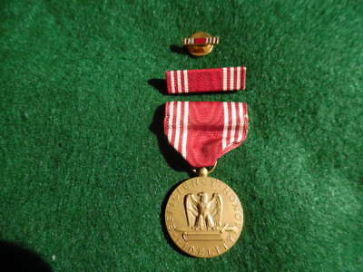 Ww Ii Army Good Conduct Medal W/ribbon And Lapel Pin