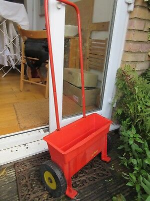 grass seed and feed spreader