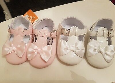 baby girls spanish shoes 6-12 months 2 NEW