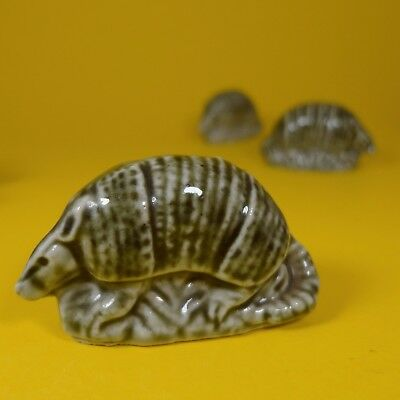Wade Whimsies (1984/85) Tom Smith - Set #6 Survival Series - Green Armadillo