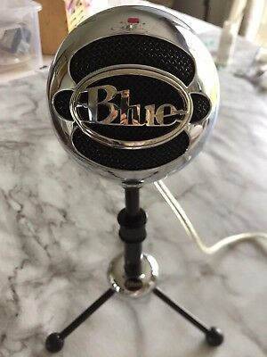 Blue Microphones Snowball USB Cardioid Microphone with adjustable stand rode