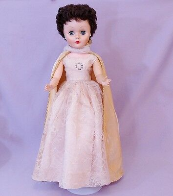 "BEAUTIFUL 24"" FASHION TEEN DOLL by DELUXE READING 1960s"