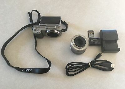 Sony Alpha NEX-5K 14.2MP Digital Camera - Silver (Kit w/ E OSS 18-55mm Lens)
