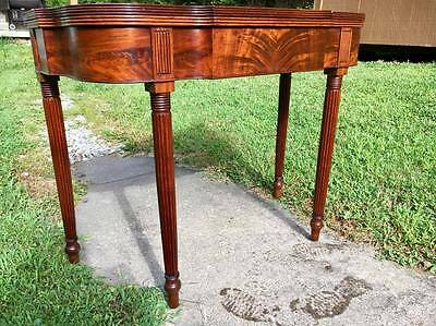 Excellent Early American Federal Philadelphia Games Card Table ca 1810 Mahogany