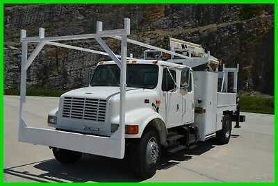 2001 International 4700 DT466 CREW CAB Service Truck w/ Crane! Low Reserve!